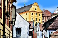 cesky_krumlov_21.023_von_unten_richtung_museum_hotel_ruze