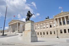 wien-1.50-003-parlament