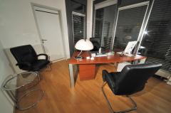 website.aerzte-g-praxis-sprechzimmer-03